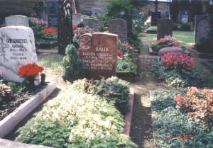 Das Grab von Eugen Baur - Dank an Werner Farwick und Helmut Trapp für die Gräberfotos