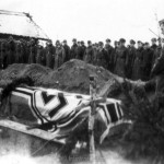 Pfarrer Oblinger bei der Beisetzung Major Helmling am 07.12.1943 in Kononowka