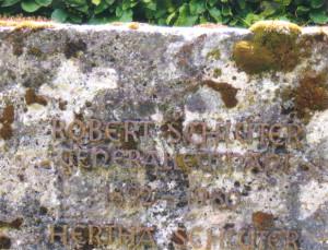 Das Grab von Robert Schlüter