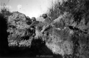 leichtes Maschinengewehr in Stellung