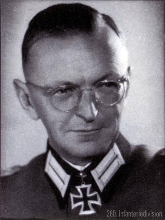 полко́вник August Friker