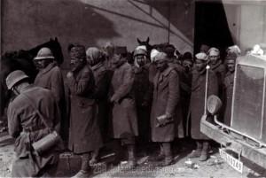 Angehöriger französischer Kolonialtruppen gehen in Kriegsgefangenschaft!