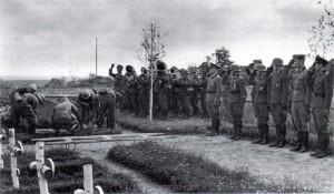 Bestattung eines gefallenen Kameraden