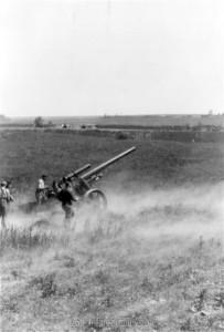 Feuerstellung der 12. Batterie / Artillerieregiment 260 bei Château-Porcien