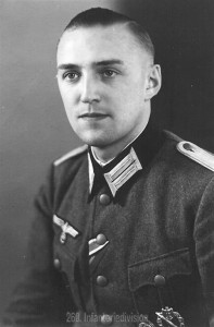 Der Author, Leutnant Peters