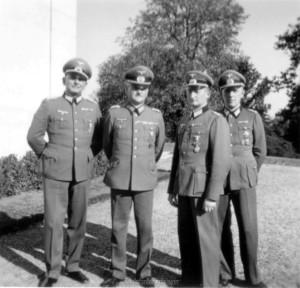 von links: Oberst Wenninger - General Schmidt - Oberst Fremerey - Oberstleutnant Lindner