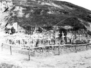19410902 - Graeber der 31 beim Angriff auf Jatsevo Gefallenen der 9. und 11. IR 480 01
