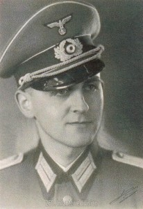 Der Autor, Oberleutnant Wolfgang Valet