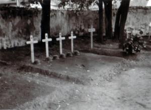 19410706 Soldatengräber bei Rozana 01