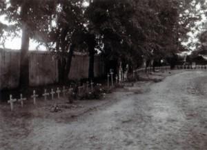 19410706 Soldatengräber bei Rozana 02
