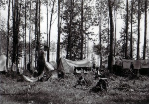 19410818 in Guta 01