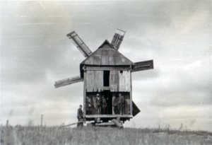 19410819 Mühle bei Iwanowka