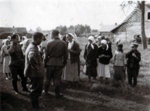 19410819 in Bazuny 02