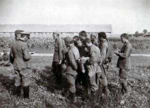 19410819 in Bazuny 03