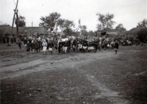 19410913 Beerdigung in Kolitschewka 01