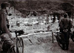 19410914 Massengrab des IR 480 bei Alexandrowski