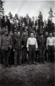 19440410 in Garmanja 01