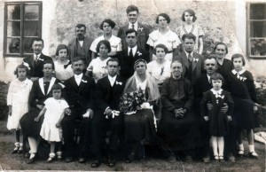 Hochzeitsgesellschaft am 17. Juni 1934