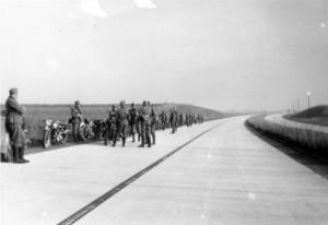 September 1939 - Kradmeldezug auf der Reichsautobahn