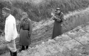 Gen Schmidt und Gen Dollmann am GefStd I. / AR 260 am 18.11.1939