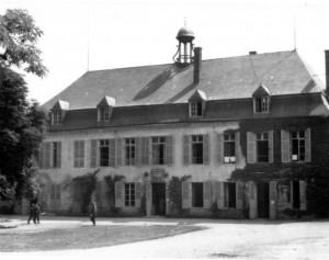 0129 Divisionsgefechtsstand Schloß Arnicourt am 10.6.40_1