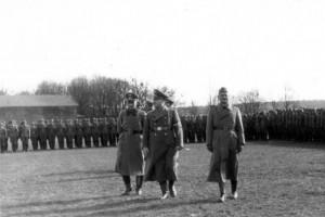 0321 Reichsstatthalter Murr besucht die 260. ID_1