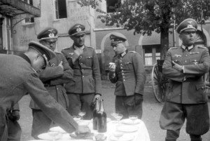 0419 Couches lex Mines im Mai 41 - VL Lt Bilger - Stabsvet D_1