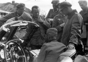 0078 Besprechung mit General Schmidt - OTL Voigt - Lt Palmba_1