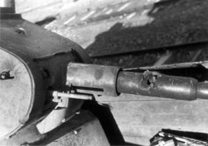 0079 Treffer in einer russischen Panzerkanone_1