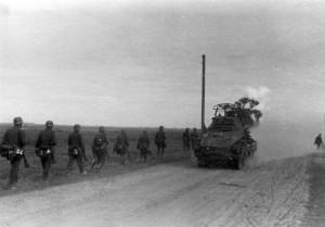 0088 Sonderkraftfahrzeug 231 und Infanterie_1
