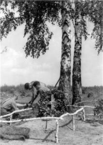 0205 Grab von Hptm Vidal gefallen am 18.8.1941_1