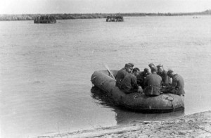 0208 über den Dnjepr am 14.8.1941_1