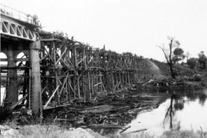 0238 Instandsetzung der zerstörten Brücke bei Gomel_1