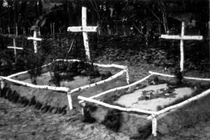 0297 Grab des Lt Leskosek mit Männern seines Zuges der 3. IR_1