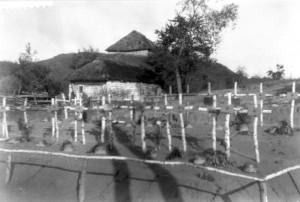 0323 Gräber der beim Desnaübergang Gefallenen des IR 470_1