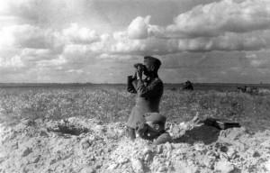 0329 General Schmidt beobachtet den Angriff auf Janowka am 9_1