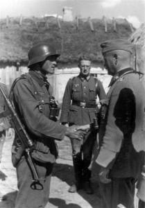 0381 Gen Schmidt zeichnet Soldaten aus_1