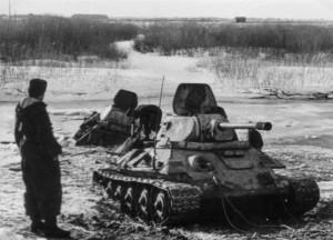 0025 deutsche Panzer im gefrorenem Schlamm_1