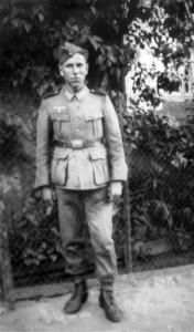 0158 Kanonier Sebastian Joos im Frühjahr 1941_1