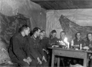 0192 Weihnachten 1942 bei den Artilleristen_1