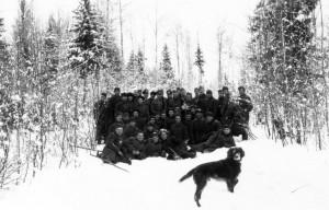 0200 General Hahm mit Jagdgesellschaft Januar 1943_1