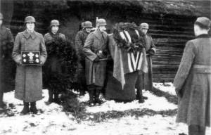 0336 Beisetzung Major Helmling am 07.12.1943 in Kononowka_1