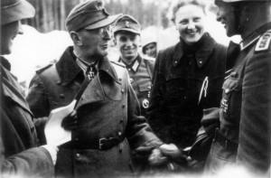 0368 DRK-Schwestern beim GR 480 Ostern 1944_1