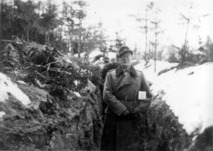 0375 Oberst Friker an Ostern 1944_1