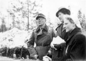 0376 DRK-Schwestern beim GR 480 Ostern 1944_1