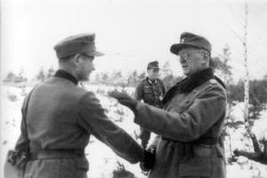 0379 Ostern 1944 links Olt von Wisocky - KpChef 13. GR 480 - rechts Oberst Friker_1