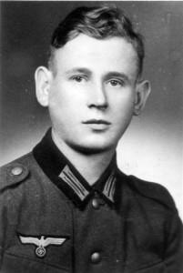 0394 Vermisst seit Juni 1944 - Gefr Alfred Dechnik - 14. GR 470 - geb 4.12.1920_1